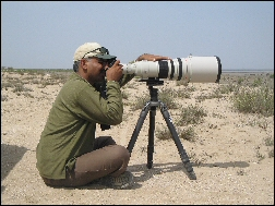 Bittoo with his jumbo lens